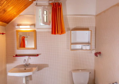 Salle de bain du logement 2 places